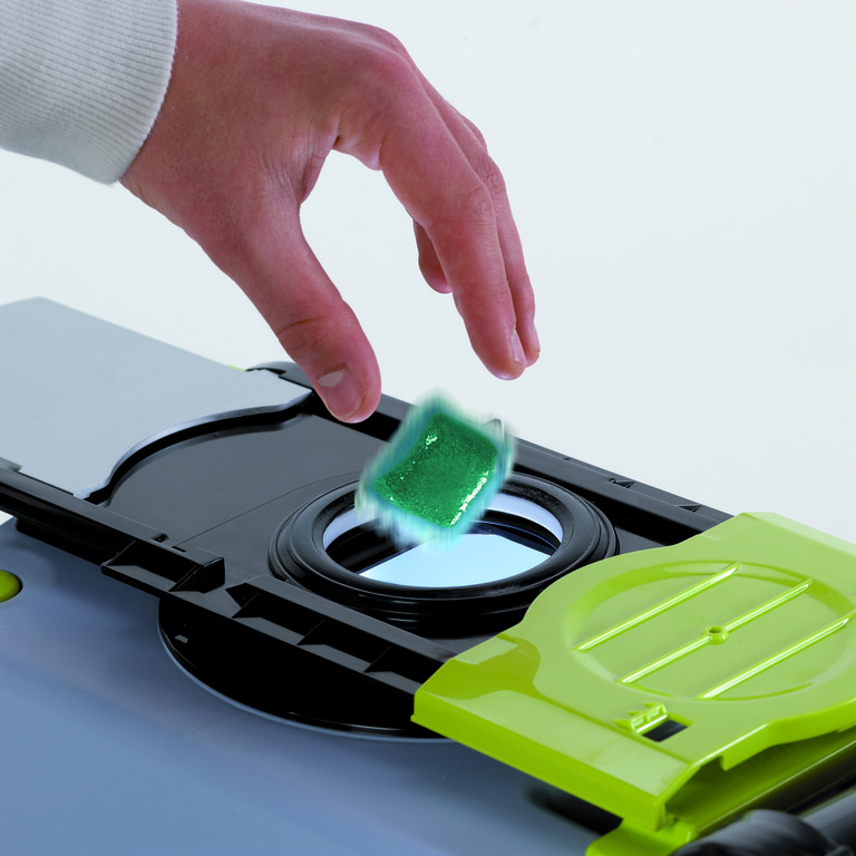 Grüne Sanitär-Tabs von Dometic