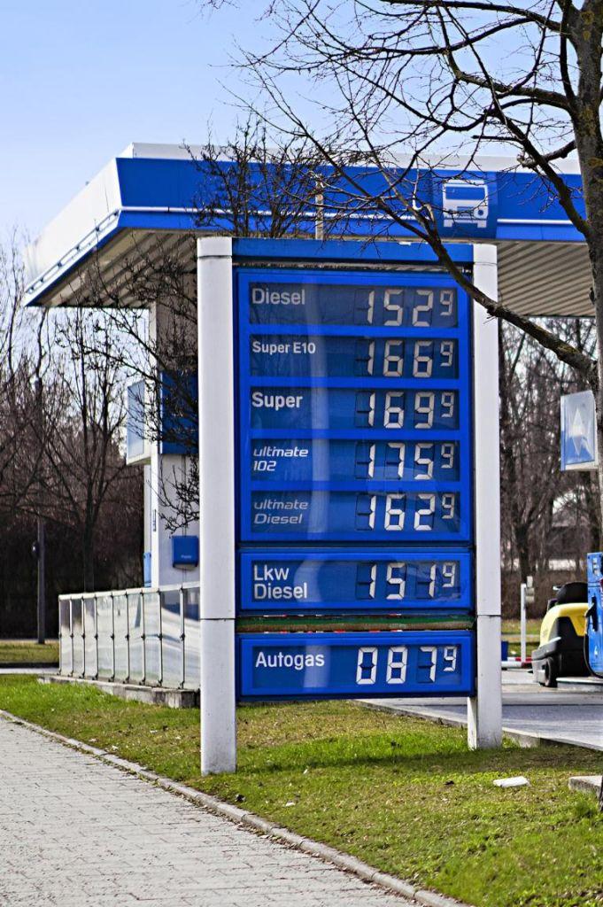 Jeder vierte Autofahrer nutzt Benzinpreis-App
