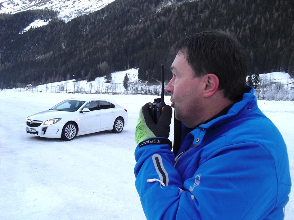 Mit Tipps vom Instruktor geht's besser: Opel Insignia OPC, hier als Limousine.