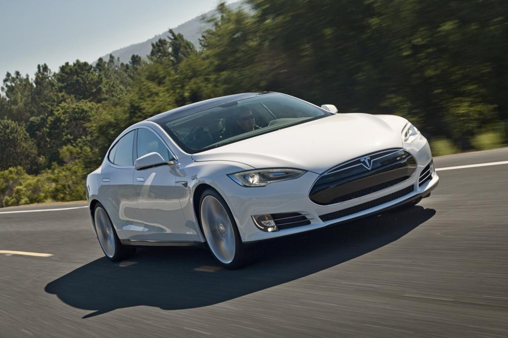 Mit dem Tesla Model S greift der amerikanische Strom-Star Elon Musk die etablierten Autohersteller an