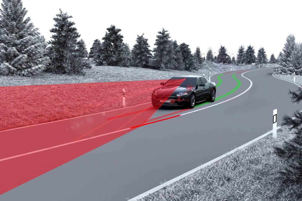 Neues Spurhaltesystem greift sanfter in die Lenkung ein