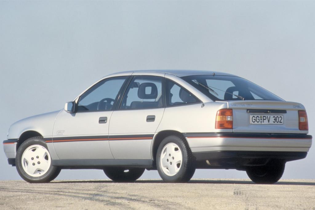 Opel Vectra A und GT und Fünftürig