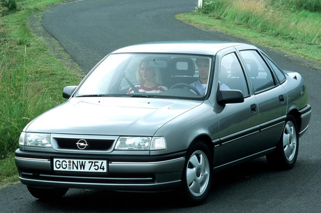 Opel Vectra AV Sechs- und Viertürig ab 1993