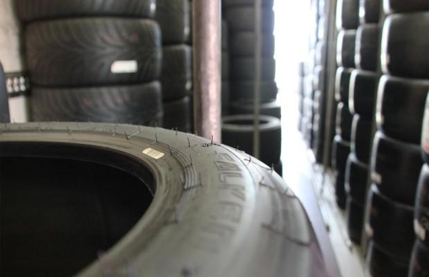 Reifenersatzgeschäft in Deutschland auch 2013 rückläufig