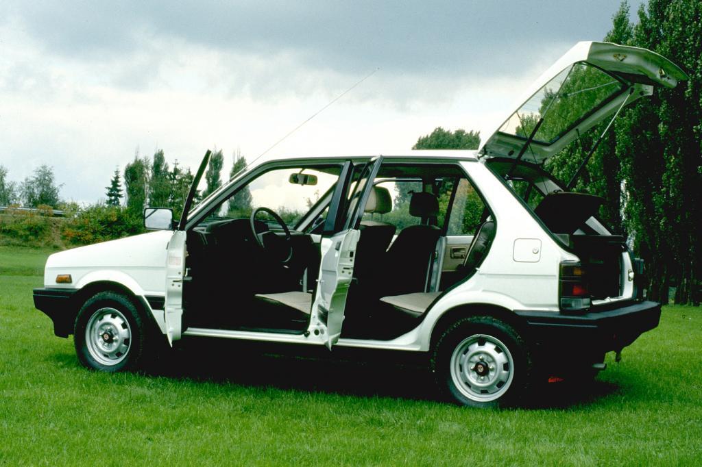 Subaru Justy 1984