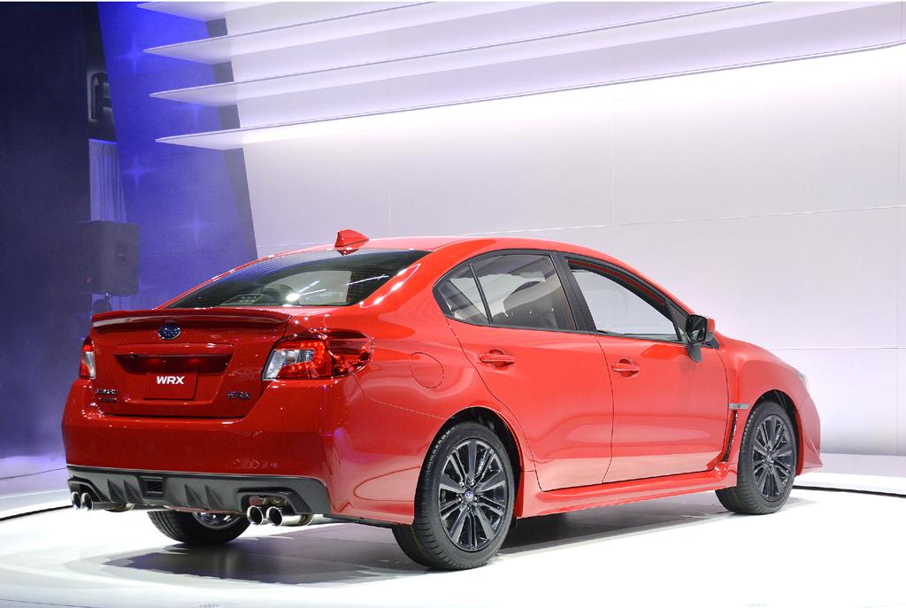 Subaru WRX: Seiten-/Heckansicht.