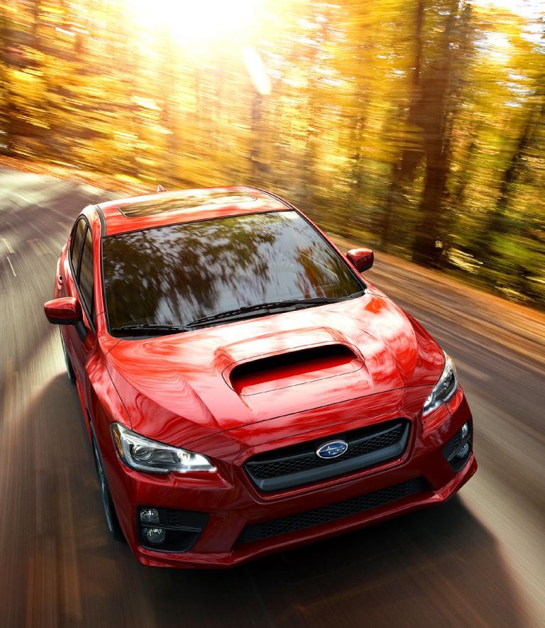 Subaru WRX: Typisch ist die Lufthutze auf der Motorhaube.