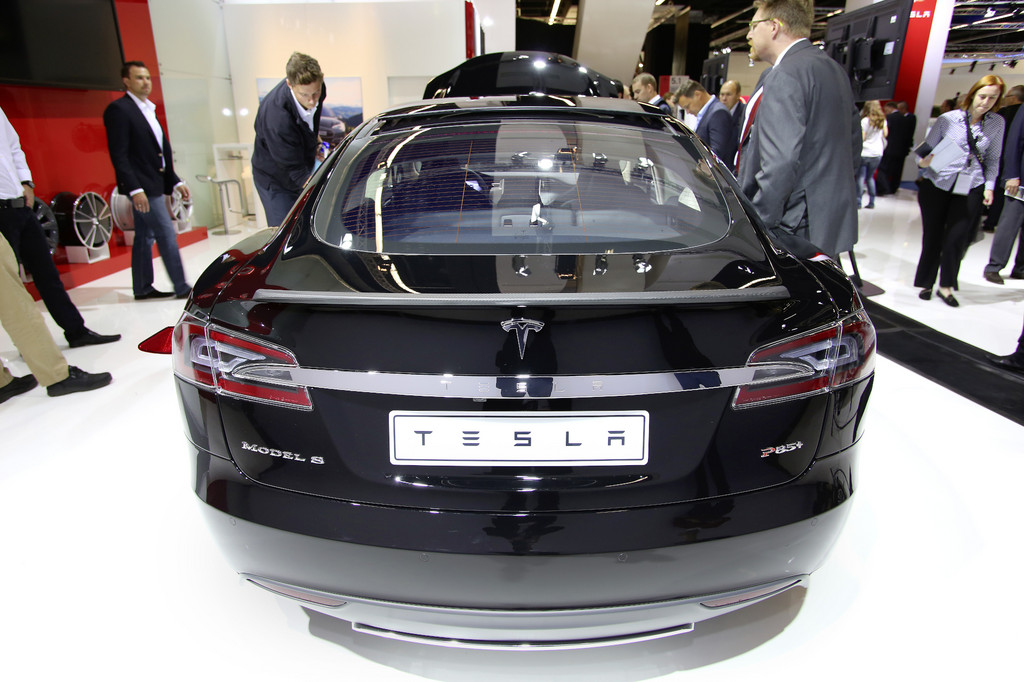 Tesla: Kraftfahrt-Bundesamt entlastet Model S