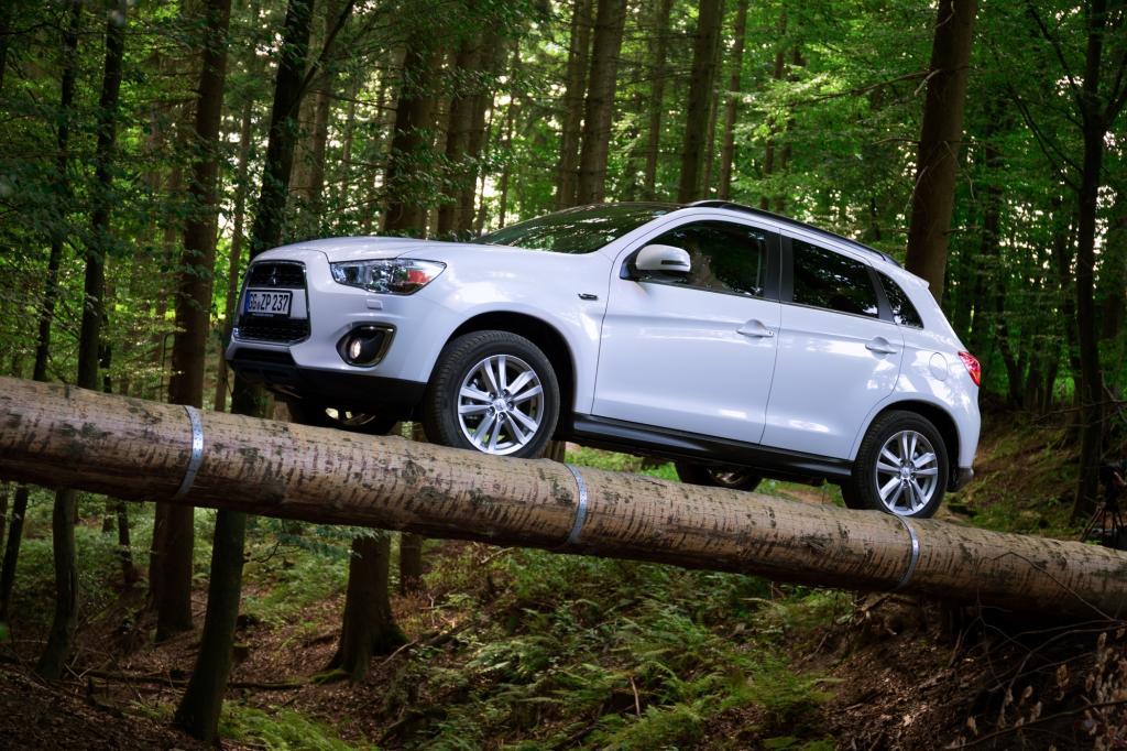 Test: Mitsubishi ASX 1.8 Diesel 4WD - Stimmen hören