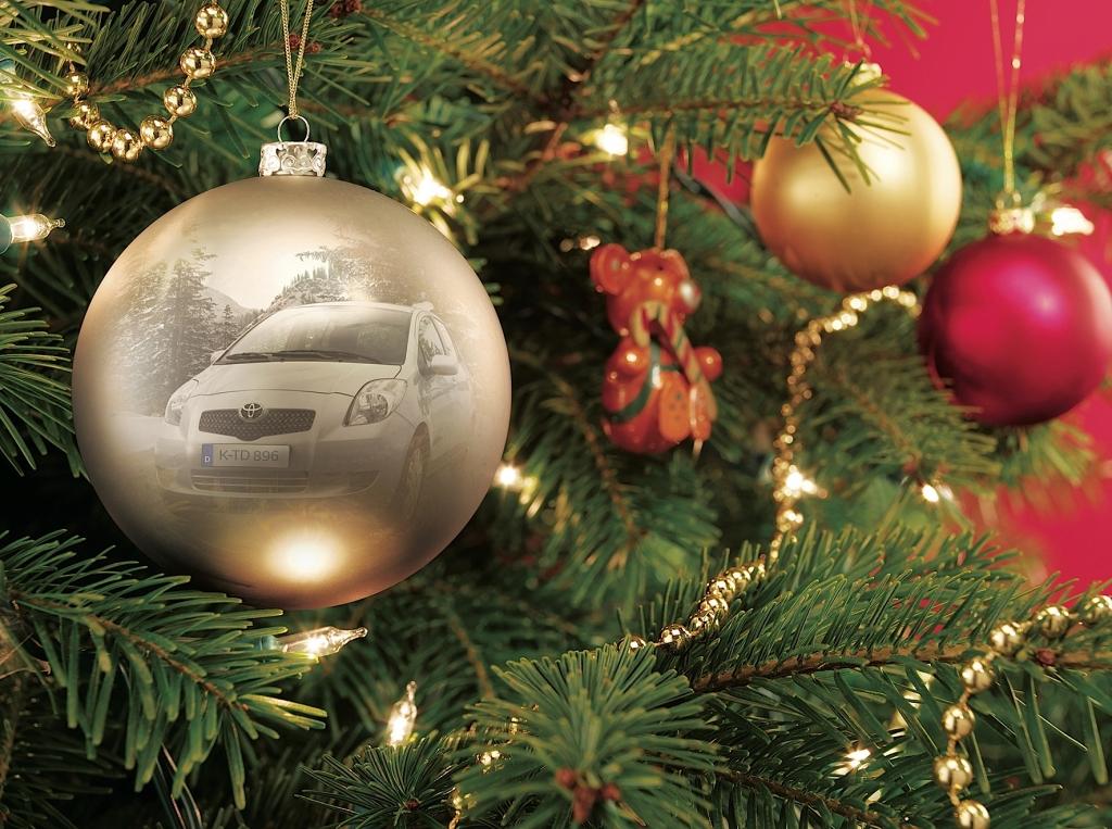 Toyota stimmt auf Weihnachten ein