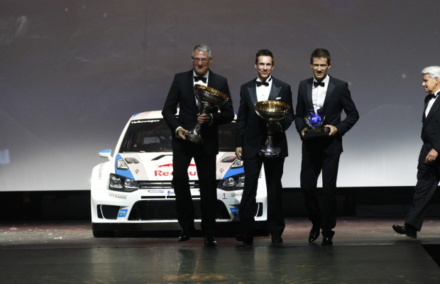 Weltmeister-Trophäen an Volkswagen überreicht