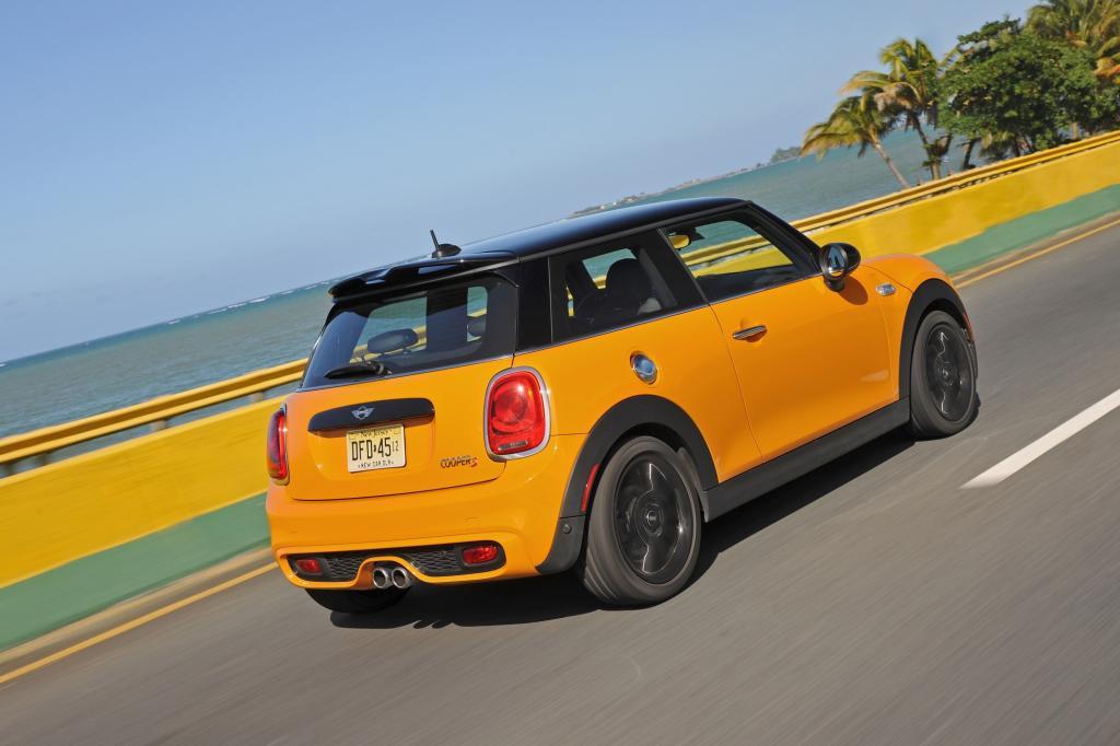 Aber der Mini ist nicht nur ein Mode-Auto, das mit seinem von Kritikern als mittlerweile ziemlich einfallslosen und den Fans umso mehr geliebten Retro-Design punktet.