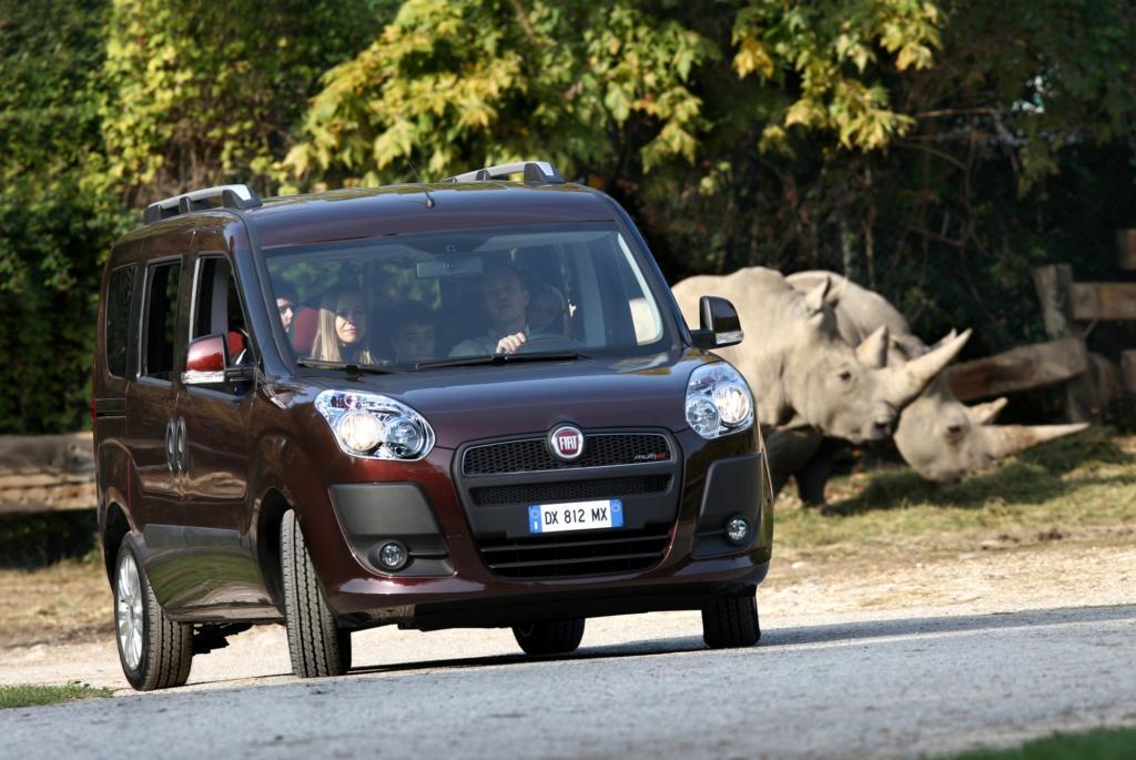 Auch den Fiat Doblo gibt es mit sieben Sitzen - © Fiat