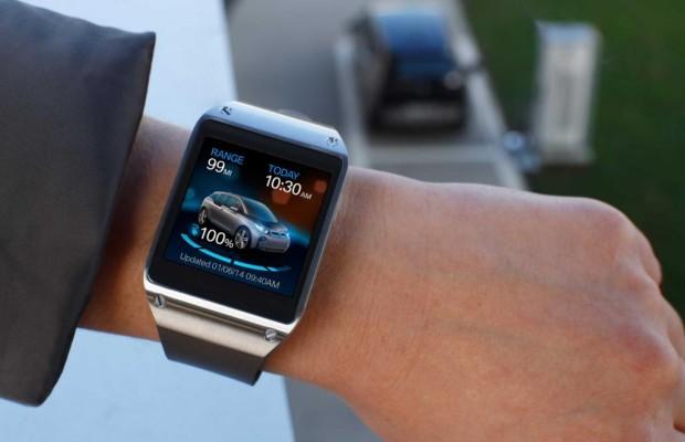 BMW Smartwatch für den i3 - Beifahrer am Handgelenk