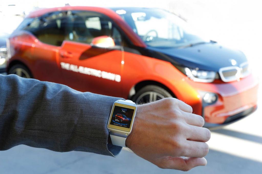 BMW hat jetzt für sein erstes Elektrofahrzeug eine elektronische Armbanduhr entwickelt, die den Alltag mit dem i3 vereinfachen könnte.