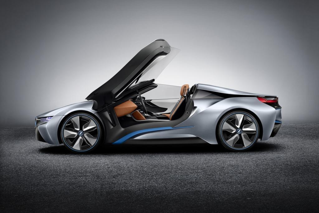 BMW schickt den Öko-Sportwagen i8 ins Rennen - © BMW