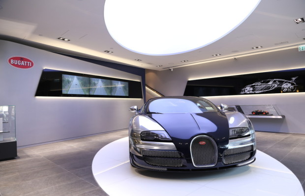Bugatti eröffnet Showroom in Hong Kong