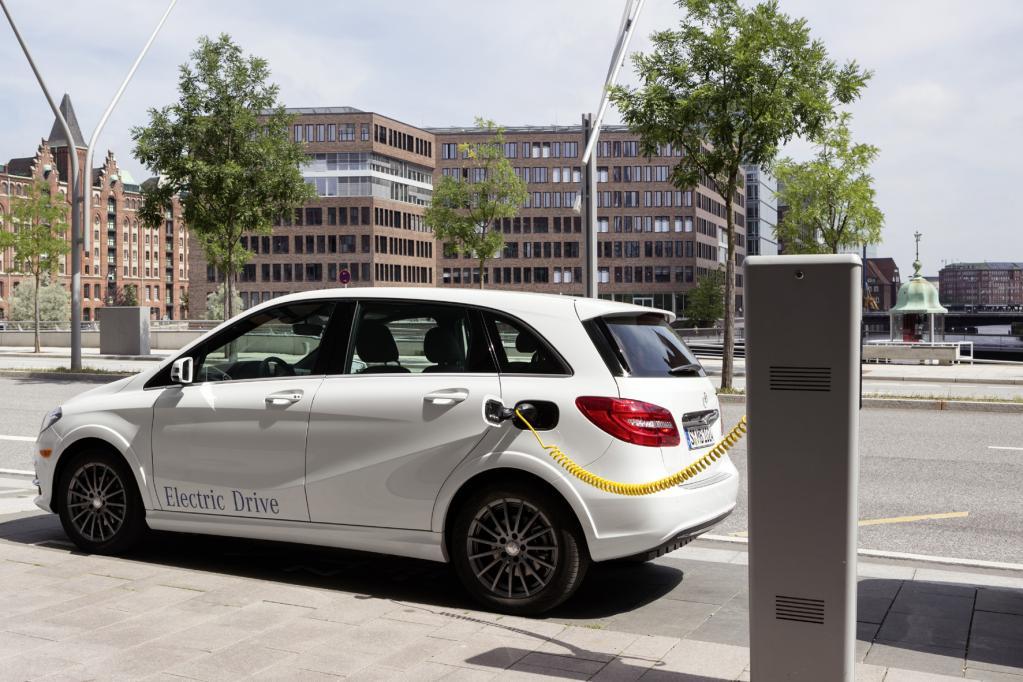 Bundesregierung will mehr Elektroautos im Fuhrpark