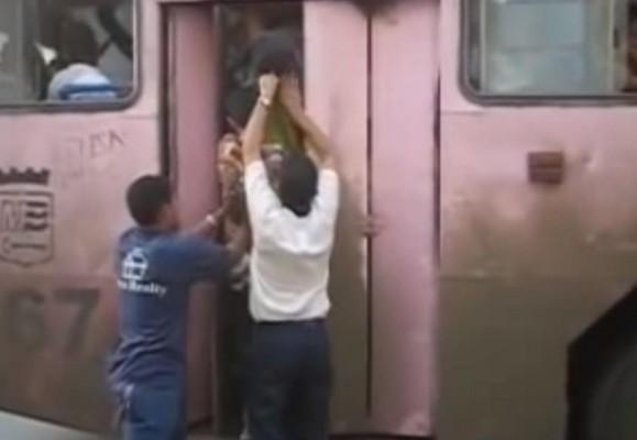 Busfahren in Kuba - eine Grenzerfahrung.