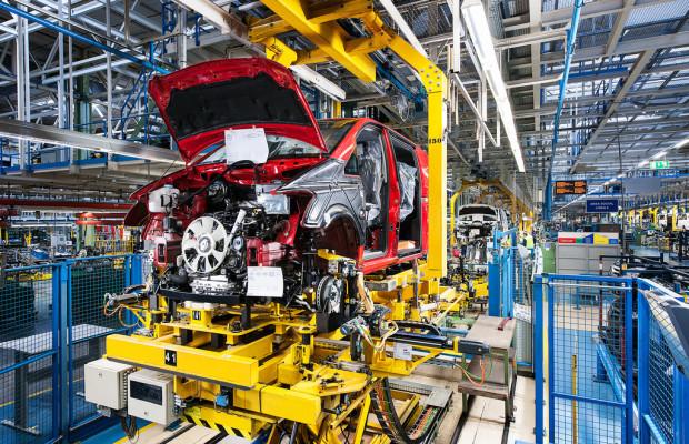 Daimler investiert in spanisches Transporterwerk