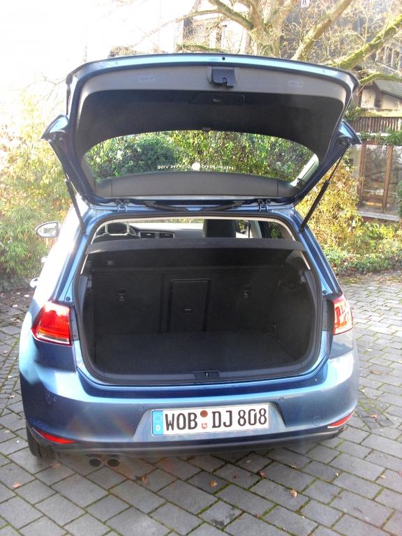 Das Gepäckabteil der Allradvariante fasst 343 bis 1233 Liter.