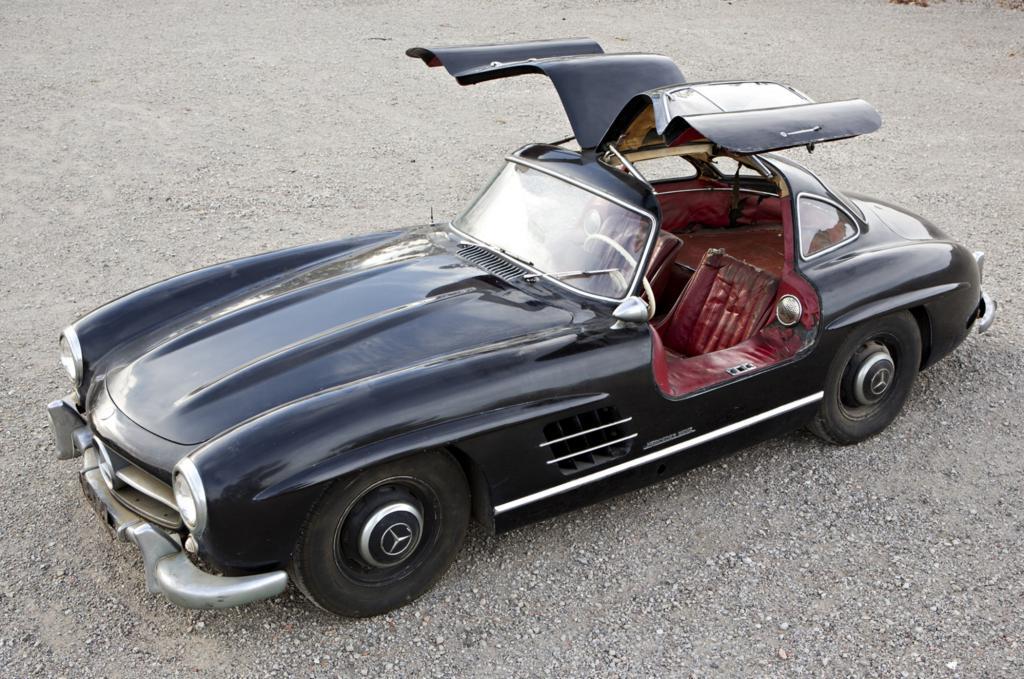 Der 300 SL, der jüngst auf einer Auktion in Scottsdale, Arizona, zum Verkauf stand, einer von nur 1.400 zwischen 1954 und 1957 gebauten Exemplaren, sieht nicht gesund aus