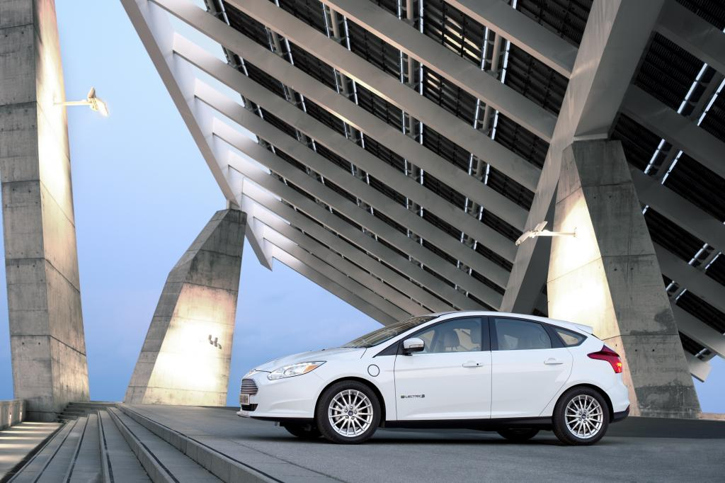 Der Ford Focus Electric ist ab 39.990 Euro bestellbar - © Ford