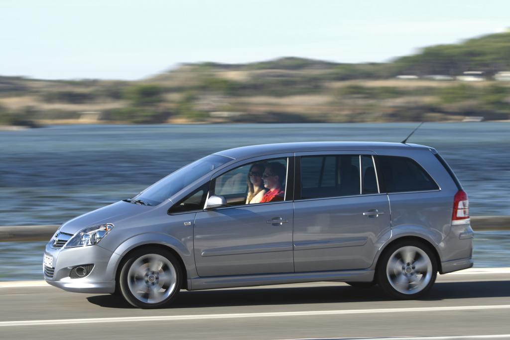 Der Opel Zafira Family bleibt im Programm - © Opel