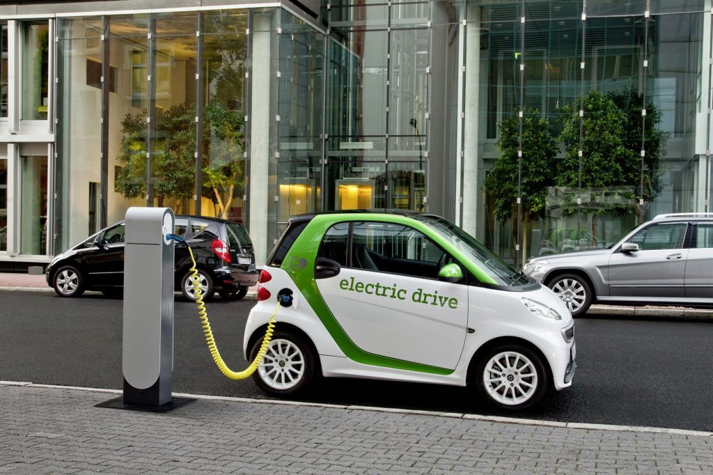 Der Smart Electric Drive ist das günstigste der hierzulande erhältlichen E-Autos - © Smart