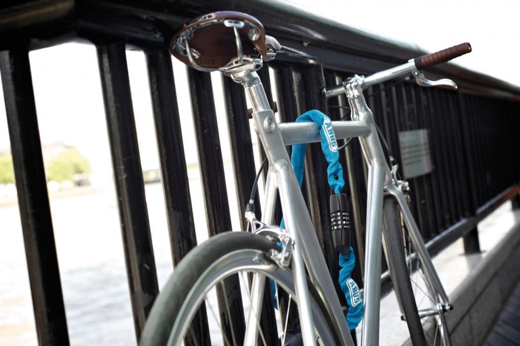 Die meisten Räder werden allerdings nicht bei Einbrüchen, sondern direkt von der Straße gestohlen.