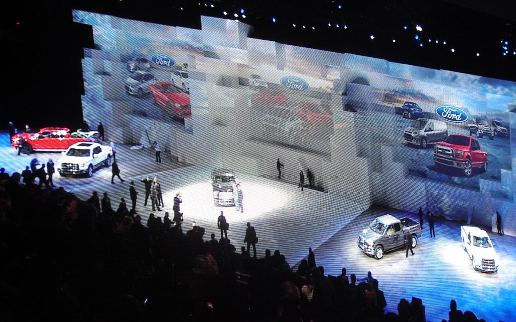 Ford-Präsentation bei der Autoschau in Detroit in der Joe-Louis-Arena der Cobo Hall.