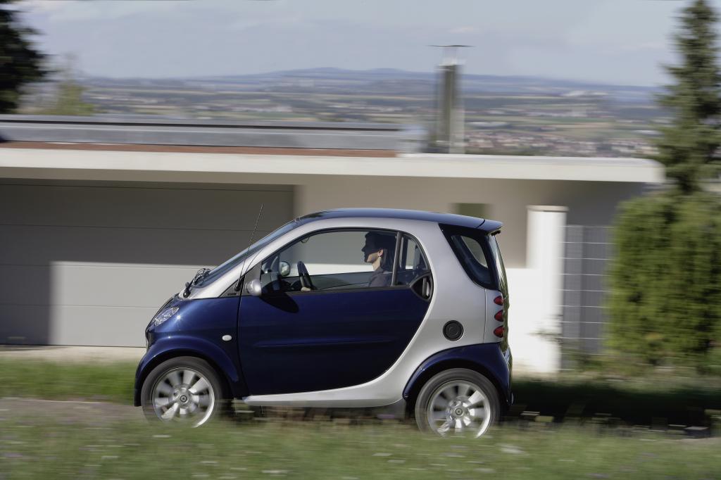 Highlight des ersten Smart ist immer noch, dass er auch quer in eine Parklücke passt.
