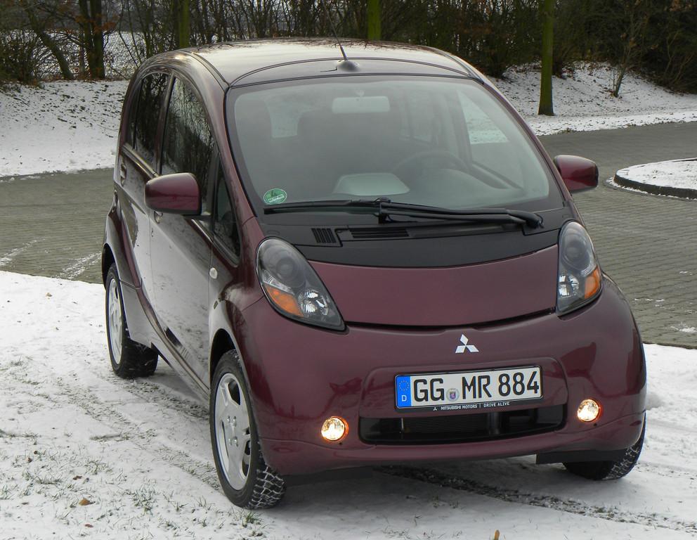 Im Kältetest: Reichweiten bei Batterie-Autos brechen ein - © Mitsubishi