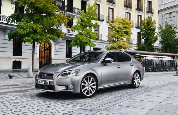 Lexus GS 300h startet auch mit einer Business-Edition