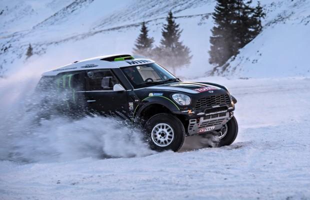 Mini All4 Racing - Schneewalzer mit dem König der Wüste
