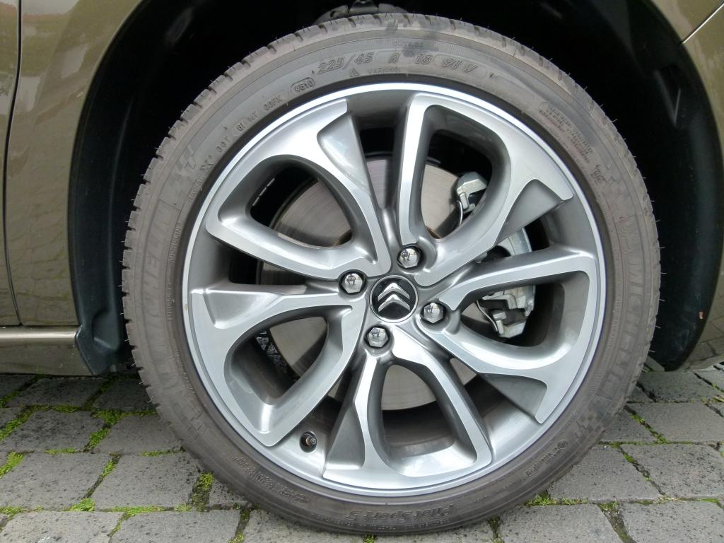 Nach Reifenwechseln muss die Werkstatt deutlich warnen