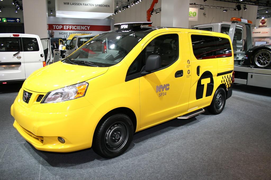 Nissan NV200 Yellow Cab. - Foto: Auto-Medienportal.Net
