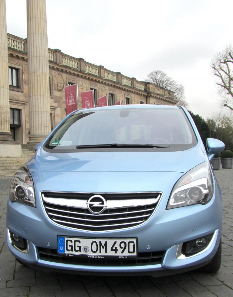 Opel Meriva: Blick auf die Frontpartie.
