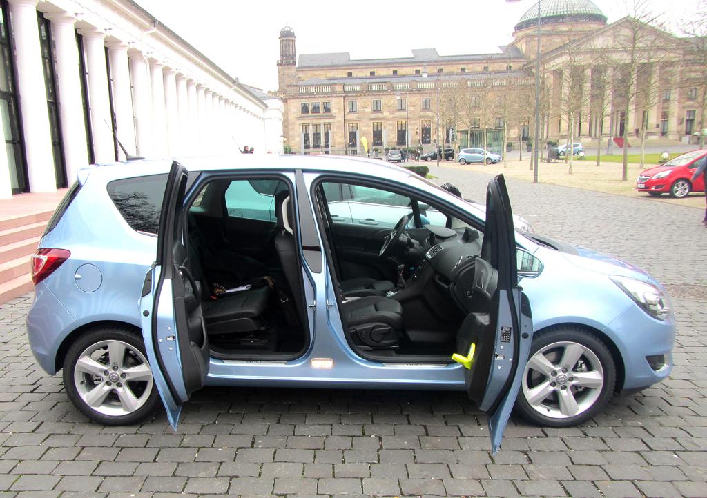 Opel Meriva: Die Türen sind gegenläufig angeschlagen.