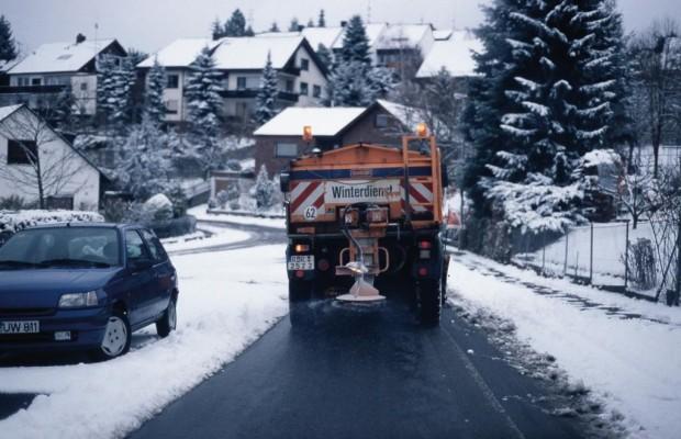 Ratgeber: Bei Schneefall notfalls umparken