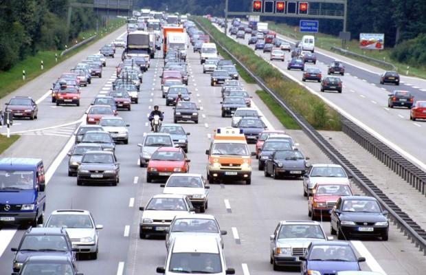 Recht: Betreten der Autobahn führt zu Mithaftung