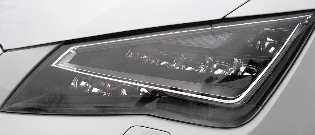 Seat León SC: Moderne Leuchteinheit vorn.