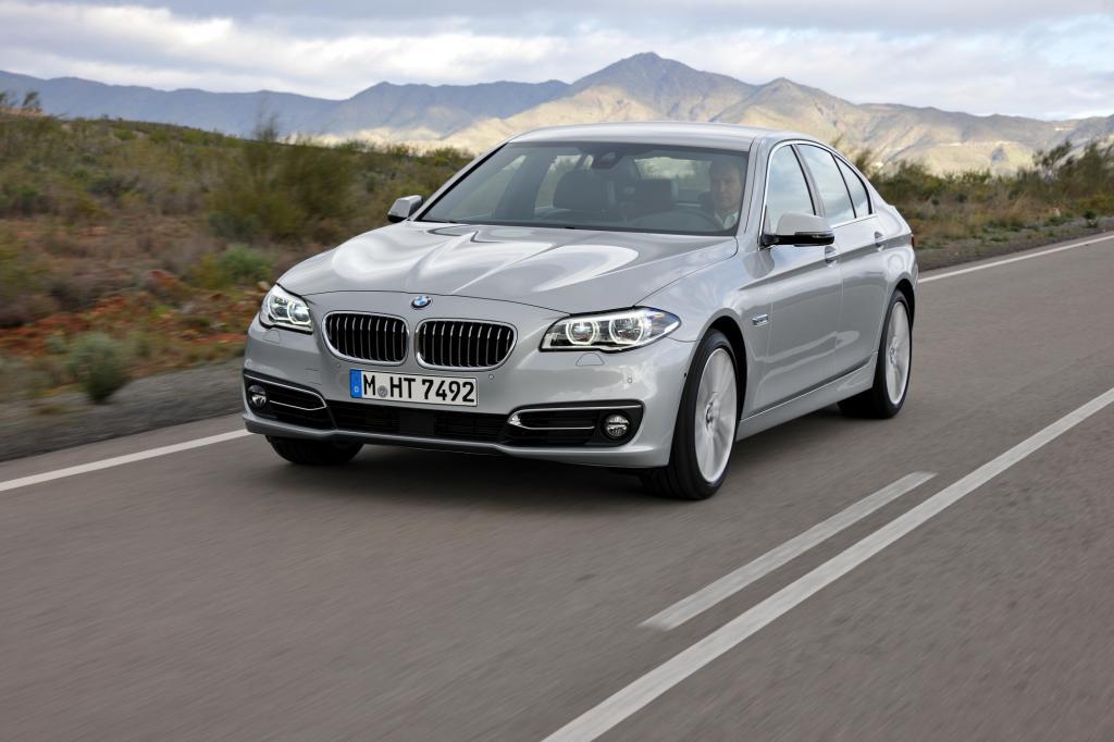 Sparsame BMW  - Mit Dreizylindern und Hybridtechnik