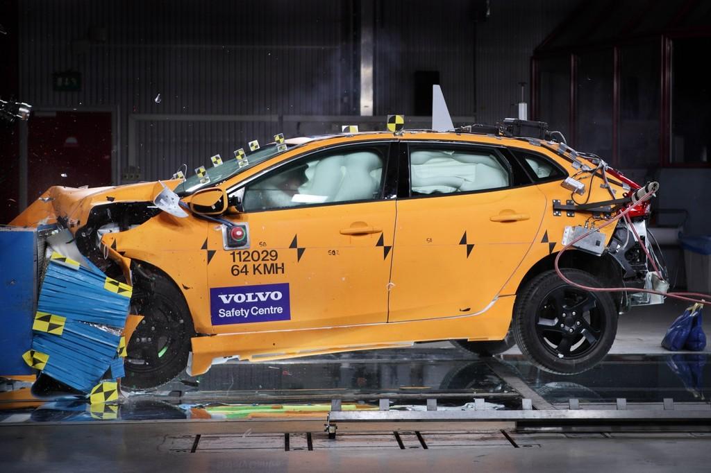 Volvo V40 bestes Modell im Euro NCAP Crashtest