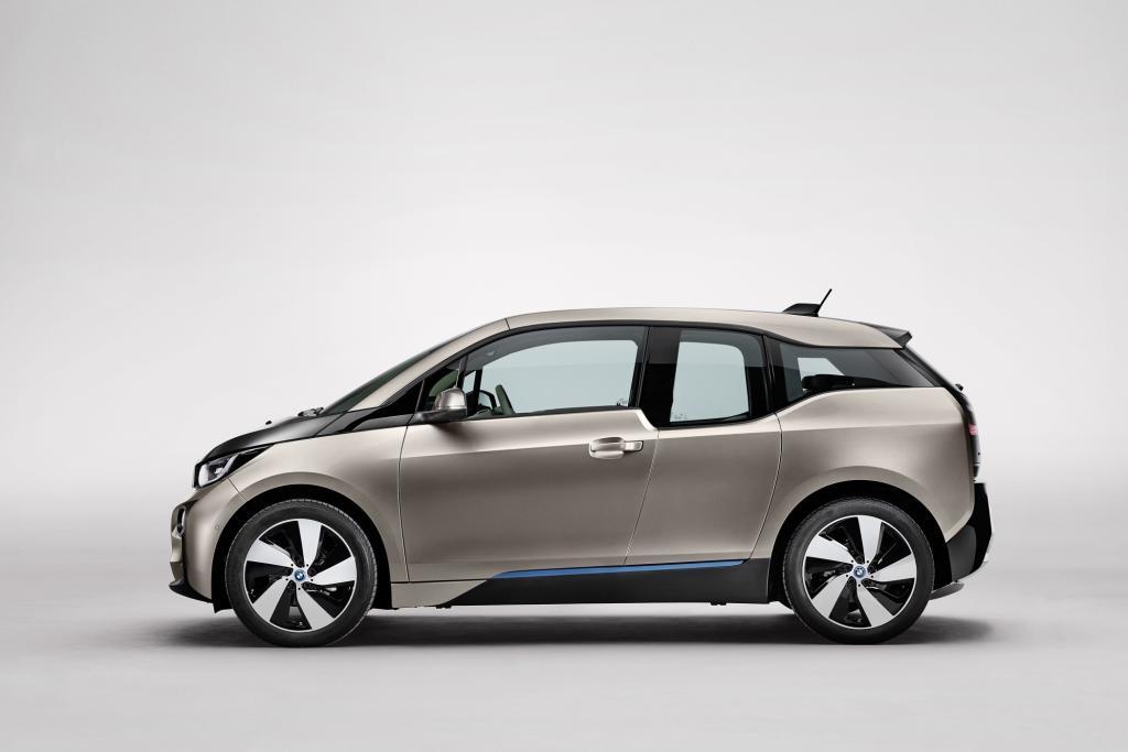 Vorreiter beim Thema Carbon ist BMW mit den neuen elektrisch betriebenen Modellen i3 (Bild) und dem Sportwagen i8 - © BMW