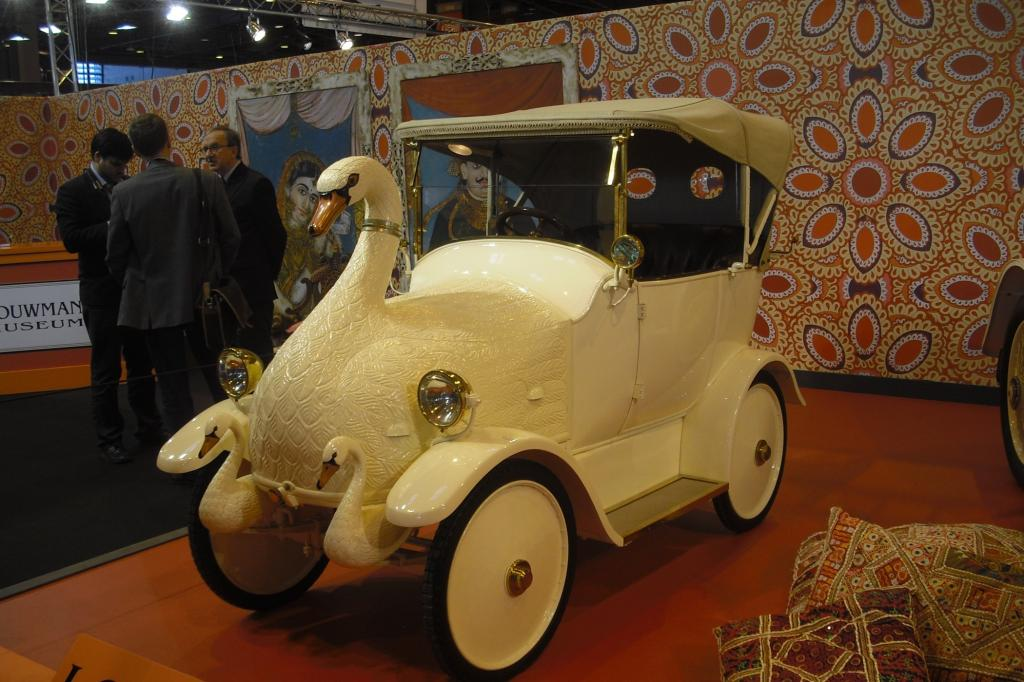 """Retromobile"" in Paris: Der Luxus der Maharadschas"