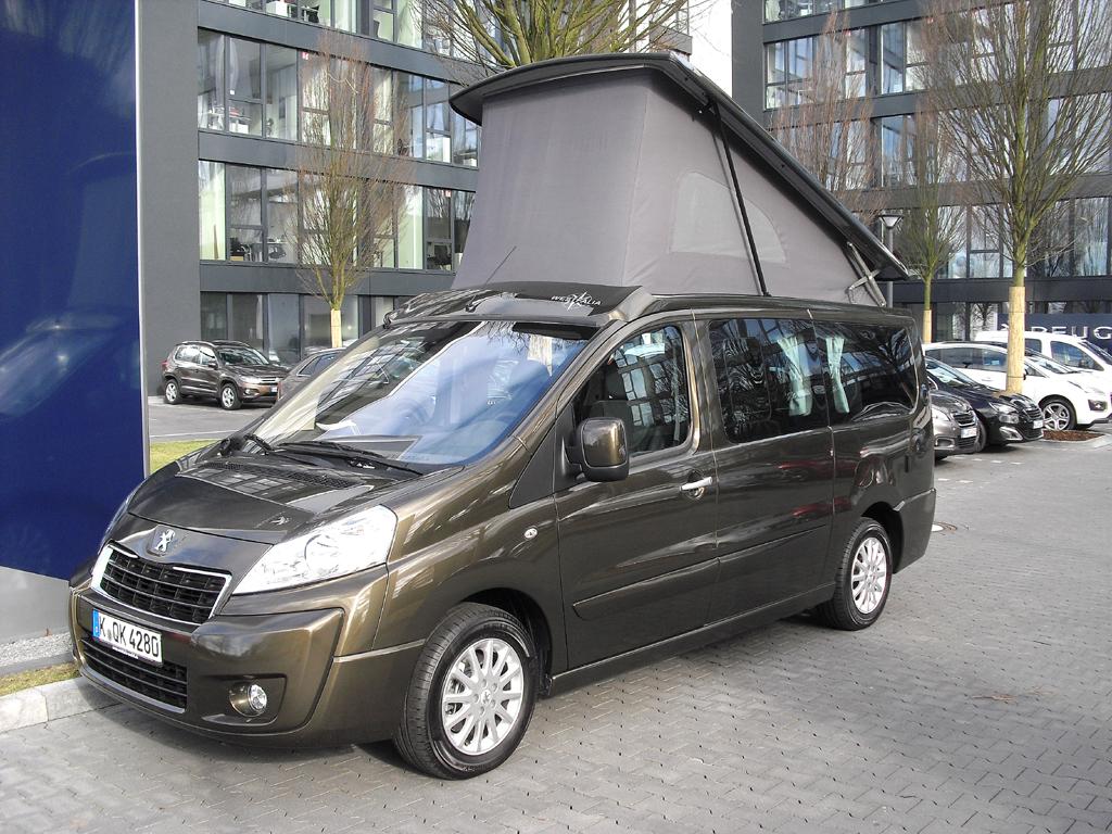 2014 ebenfalls neu bei Peugeot: Wohnmobil Expert by Westfalia.
