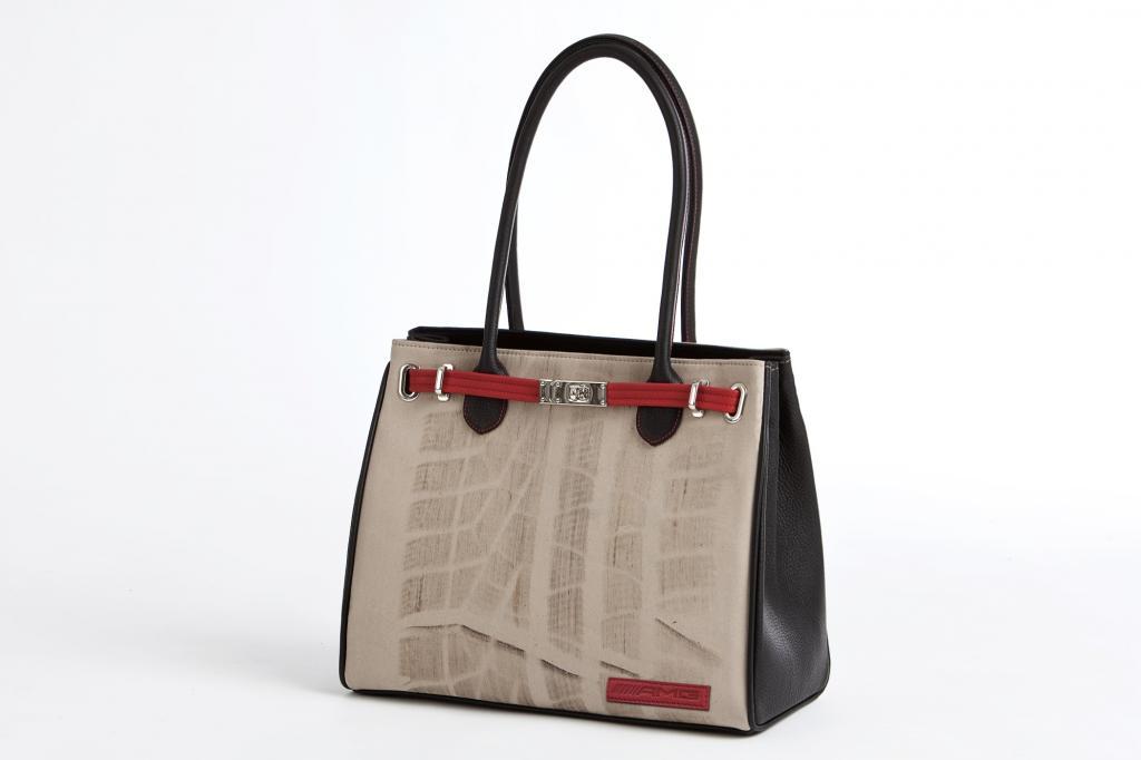 Abgefahrene Handtaschen - Mit 1.000 PS über feinsten Stoff