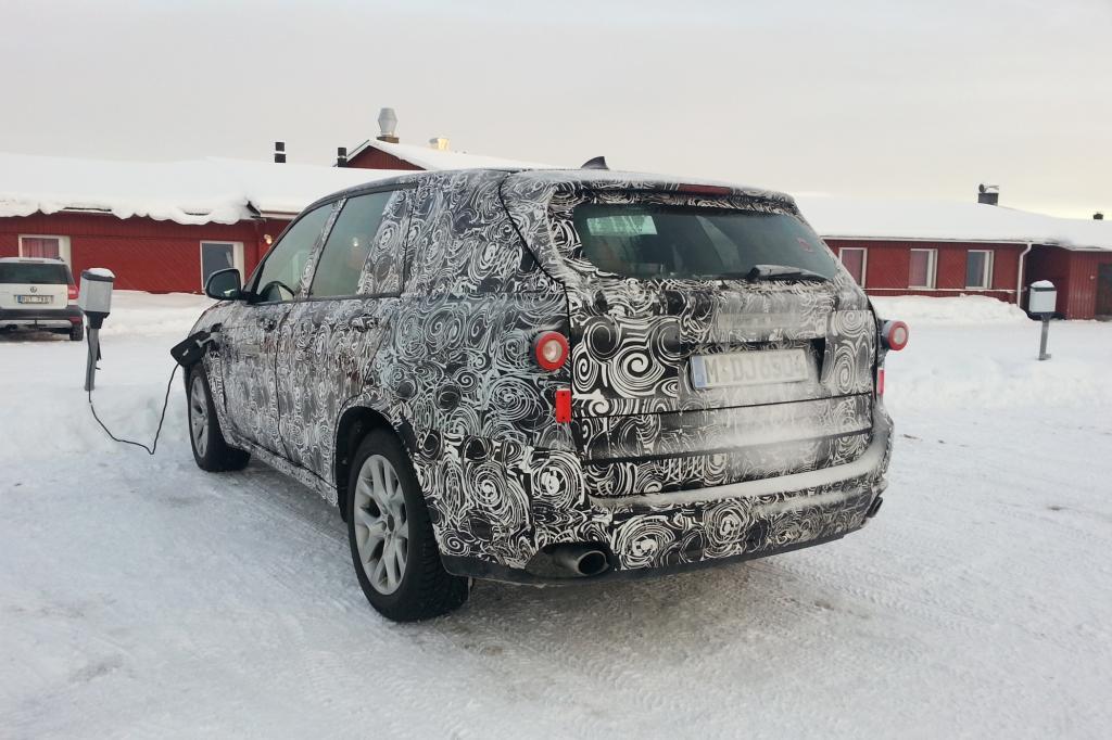 BMW X5 Hybrid als Erlkönig im Schnee