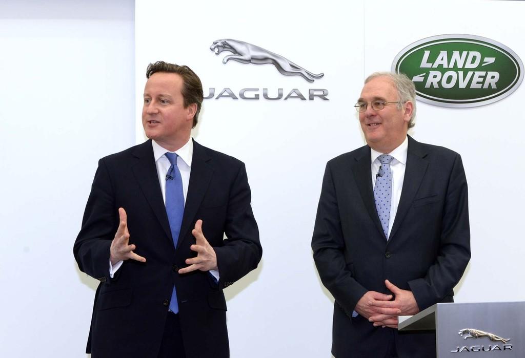 Cameron besichtigt künftiges JLR-Werk